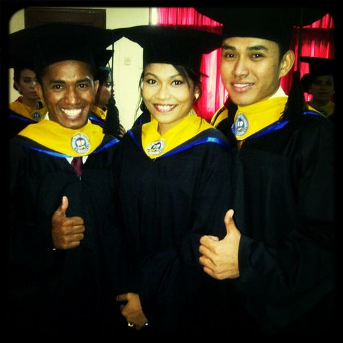 graduation>>sttii>>perjuangan>>neverforgotten>>1.1.1>>IndonesiabagiKRISTUS!! :)