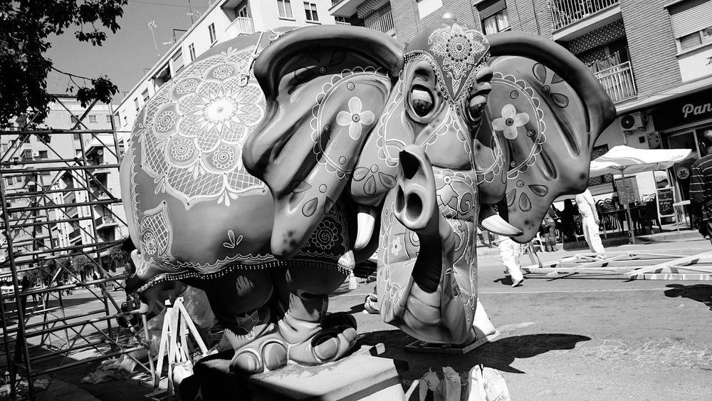 Valencia, fallas 2017 😊 Fallas2017 Fallas Valencia, Spain Fiesta Alegría Blackandwhite Blackandwhite Photography Outdoors Celebration Eyeemlover EyeEm EyeEm Gallery EyeEm Team EyeEmNewHere SPAIN From My Point Of View Artphotography Spainisdifferent Art Is Everywhere Neighborhood Map