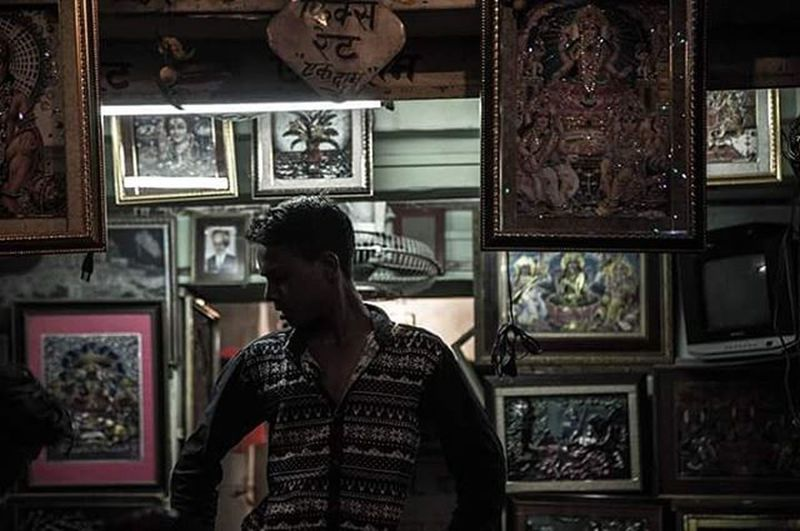 In these unsold frames lies my story. Jodhpur Photoseller Silhoutte TheShirt Rajastan Frames Darkness Canon Local Portrait Peopleshot Invisible