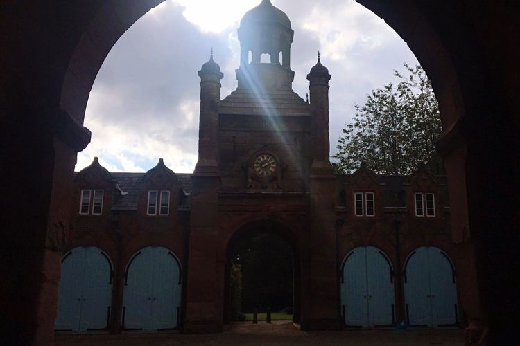 Architecture Built Structure Building Exterior Arch Spirituality Place Of Worship Religion Entrance Church Gate Façade Archway Sky Arched Outdoors Exterior Cloud History Day Chapel