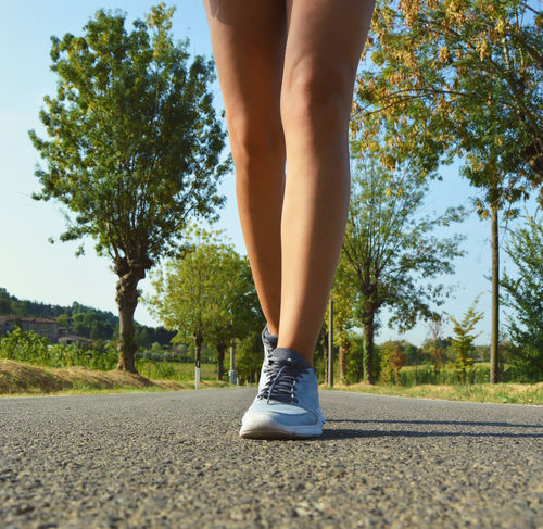 EyeEmNewHere Be. Ready. Woman Jogging Woman Winner Success Outdoors Sportgirl Sexygirl Legs And Feet Sportwoman Runnersworld Exercising Leisure Activity Fitnessmodel Champion Runnergirl Real People Beautiful Woman Athletics Sports Clothing Arms Healthy Lifestyle Lifestyles Runner