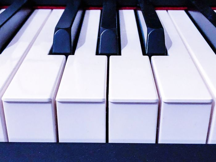 Piano keyboard close up Piano Playing Piano Keys Klavier Tastatur Klavier Musical Equipment Piano Music Piano Key Musical Instrument Keyboard Instrument Keyboard Arts Culture And Entertainment Close-up White Color Pattern Side By Side Full Frame