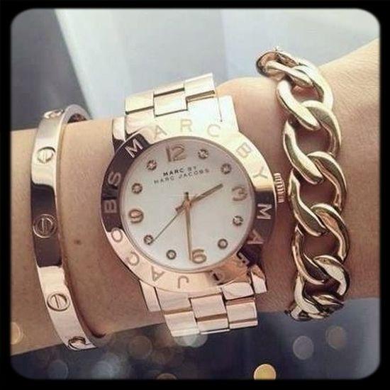 Beauty Fashion Clock