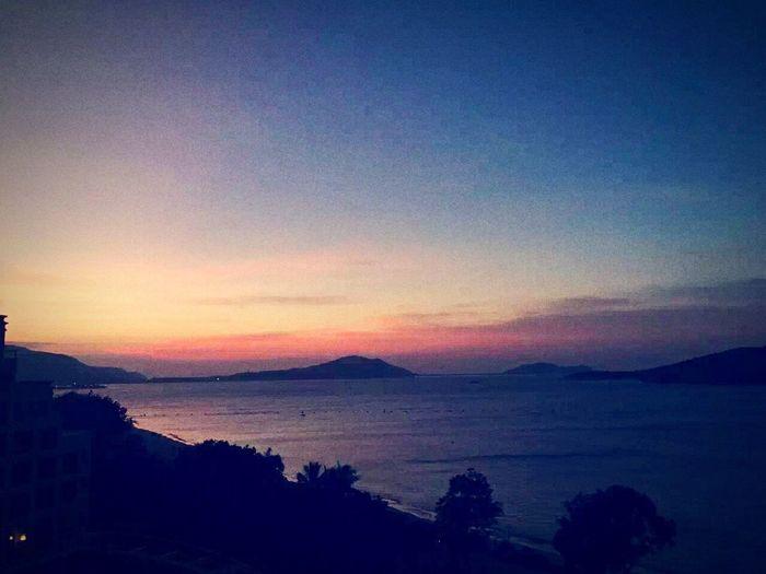 夕阳🇨🇳🇨🇳🇨🇳