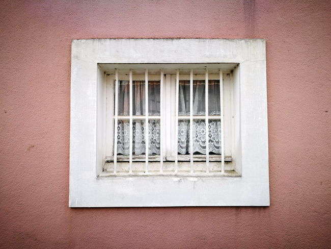 Window with white frame and old fashioned curtain in Oerlinghausen near Bielefeld in Nordrhein-Westfalen Bielefeld Building Countryside Curtain Detmold Drapes  Façade Frame Germany🇩🇪 Hermannsweg Home House Nordrhein-Westfalen Oerlinghausen Old Fashioned Ostwestfalen Ostwestfalen-Lippe Pink Safety Sand Smalltown Teutoburger Wald White Window Window Frame