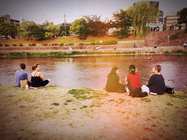 Togetherness 等間隔の法則 Real People Sitting Friendship Relaxing Kamogawa Kyoto Leisure Activity Enjoyment Outdoors City Life 세계 Photo Of The Day Landscape Beauty In Nature Naturelovers Snap Snapshot Snapshots Of Life IPhoneography Noracism EyeEmNewHere Photogenic  Streetphotography Adventures In The City