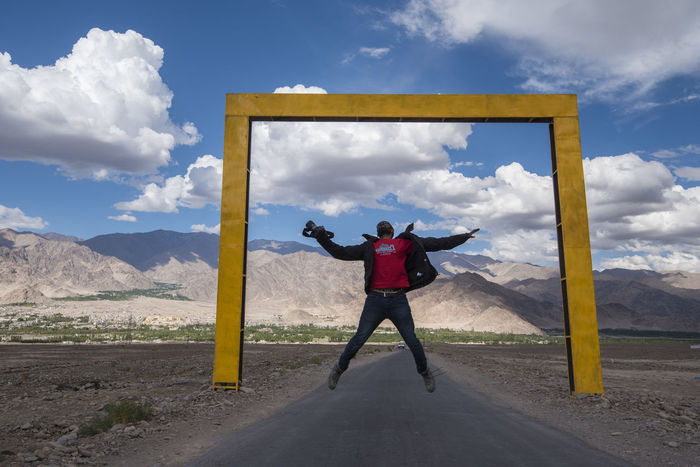 This photo in caotured in Leh, India on the way to stock palace. My Year My View Cloud - Sky Activity Sky One Person Full Length Outdoors Adventure People Sport Portrait Adult Day Cityscape Young Adult Natgeo Frame Travel Jump Miles Away TCPM Paint The Town Yellow Done That. Connected By Travel Be. Ready.