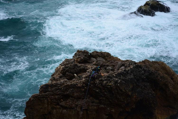 Rock - Object Nature Sea Water Beauty In Nature Day Outdoors Wave No People Scenics Rock Rocha Roche Rocher Escalada Escalate Escalade Nazaré  Nazare Portugal Ocean View Oceano Slide Slide - Play Equipment