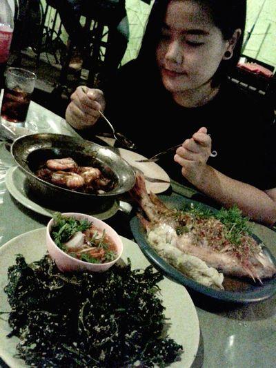 """อิ่มอร่อยๆลงพุง:"""")555 Eating Enjoying Life Relaxing"""