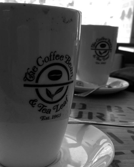 The Coffe Bean Hello World Hanging Out Check This Out Out Cheese! Enjoying Life Taking Photos