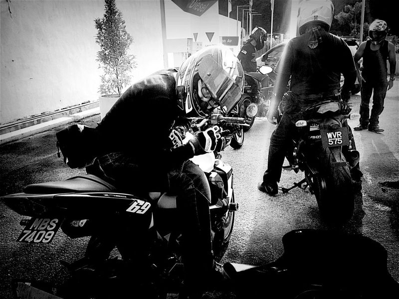 Light And Shadow Riding Superbike Z750  Black And White Malaysia