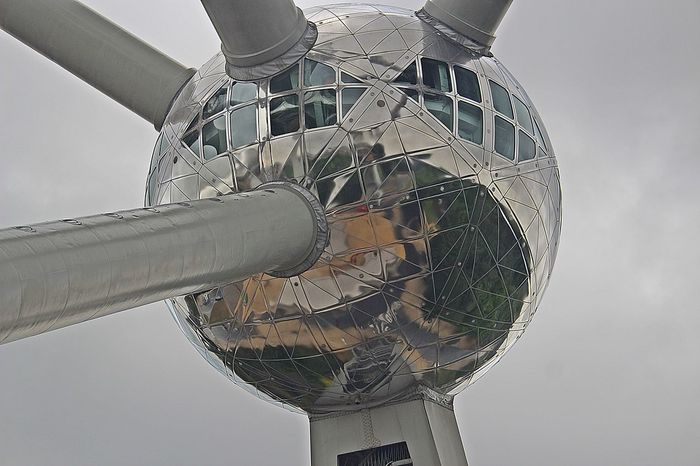 BRUSSELS - THE ATOMIUM - WORLD FAIR 1958 AND I WAS THERE Atomium Reflections Big Ball Building architecture