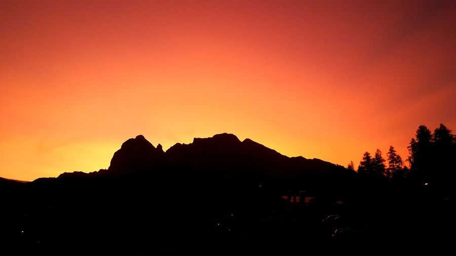 Cortina D'Ampezzo Beauty In Nature Sunset_collection Sunset Silhouettes Summertime Relaxing Sunset EyeEm Selects No People Mountain_collection Mountain Sights Mountain Silhouette
