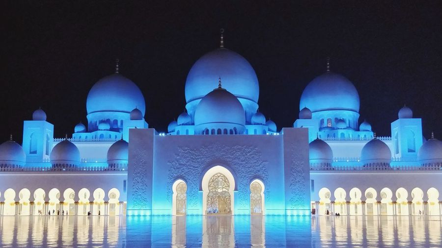 Grand Mosque Abu Dhabi... Grand Mosque Abu Dhabi Night Dome Illuminated Religion Business Finance And Industry Travel Destinations No People Architecture Outdoors HUAWEI Photo Award: After Dark