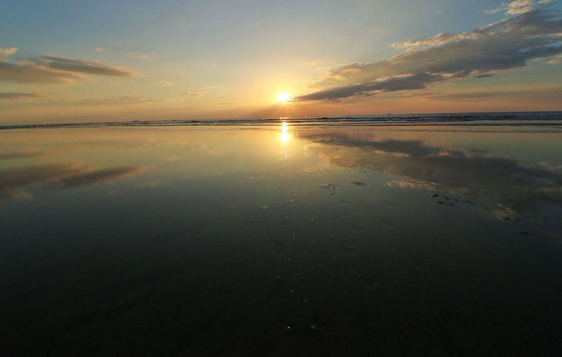 reflejos Beach
