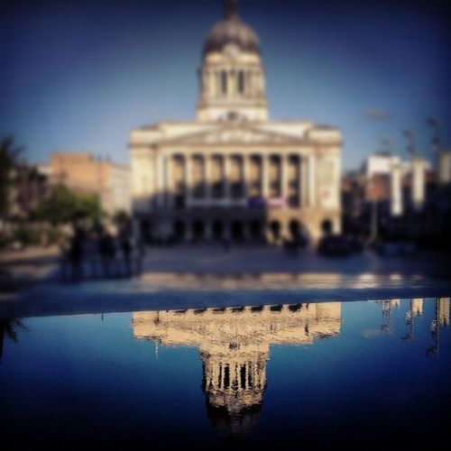 Nottingham Council House, reflects. Nottingham Fountain