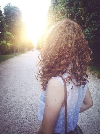 Curly Hair! Girl Sun Light
