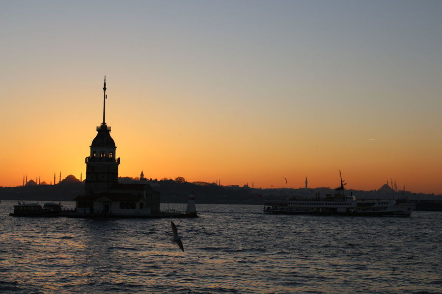 Nofilter#noedit Hello World Mosgue Ottoman Empire Canon700D Istanbul City SeaSunset Istanbul Turkey Maidenstower HagaSophia History