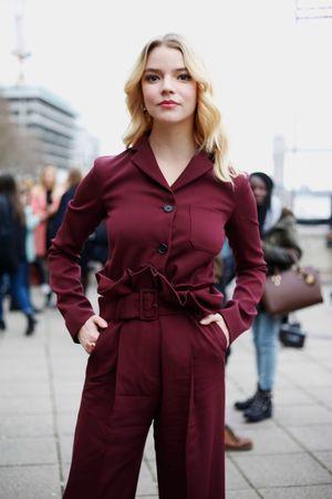 Anya Taylor-Joy Actor Split The Witch