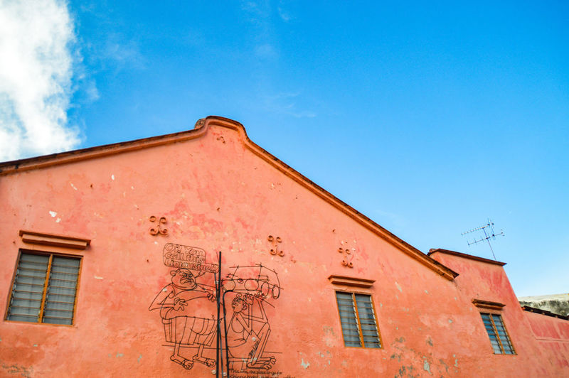 Architecture Sky Blue No People Built Structure Rural Scene Building Exterior Simplicity Vibrant Colors The Week On EyeEm Breathing Space Lifestyles Penang Island Malaysia Georgetown Penang Penang, Malaysia Vibrant Colored Wall Brightly Colored House Low Angle View Copy Space