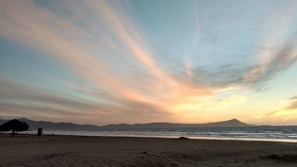 Sunset Sky Travel Destinations Sand Silhouette Landscape Nature Outdoors Scenics No People Beach Beauty In Nature Day Cielo Atardecer Atardecer Nubes Moments Nubes Y Cielo Clouds & Sky Cielo Y Nubes