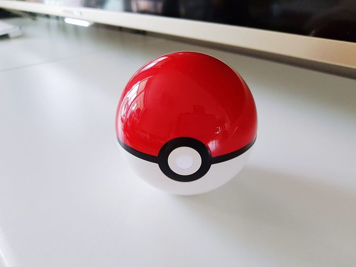 Red Indoors  No People Close-up Day Speaker Monster Ball Pokemon♥♥♥♥ White Color Circle Bluetooth Speaker Gifts ❤ Love It Qute
