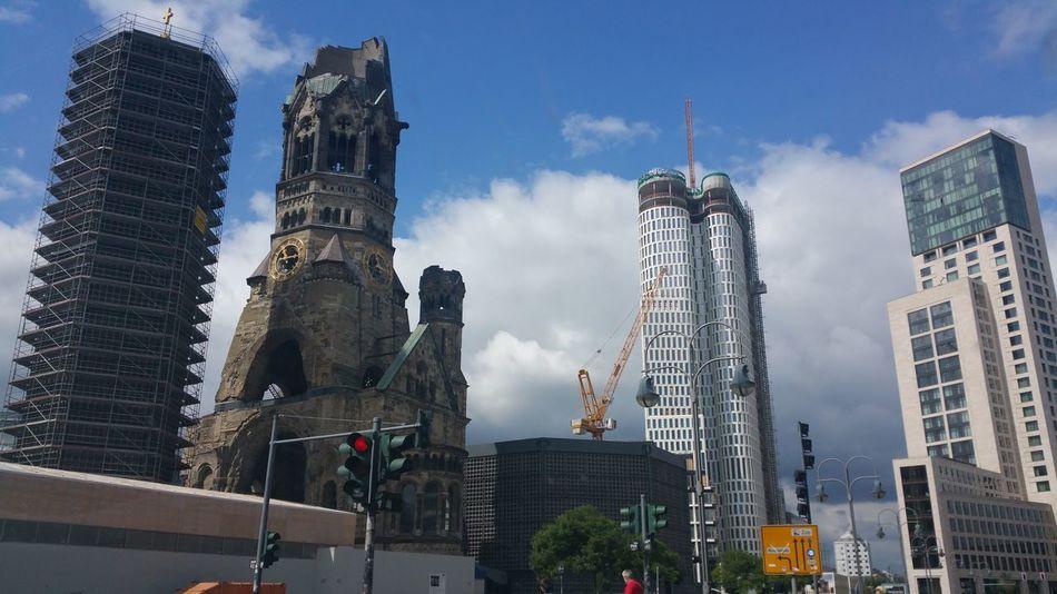 Kaiser-Wilhelm-Gedächtnis Kirche Berlin , Berliner Ansichten Architecture Church Built Structure Building Check This Out Taking Photos EyeEm Best Shots 2016