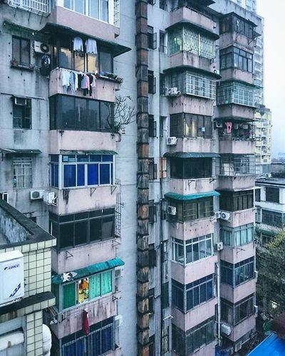 持續一個禮拜的壓抑. Canton Citylife City Building