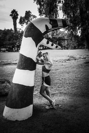 Full Length Togetherness Exercising Strength Women Fitness Snake Blackandwhite Photography Only Women Escondido, Ca Female Model Kit Carson Park Tiina Escondido Beautiful Woman California Young Women Black And White Fitness Model Sports Training Sports Clothing Outdoors TCPM Art Is Everywhere