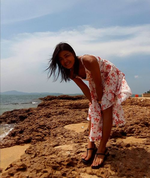 woman Thailand🇹🇭 Thailand 2018 Day Beuty In Natrut Sea Water Beach Sand Full Length Sky Horizon Over Water My Best Travel Photo EyeEmNewHere