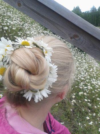 Finland Summer Daisy Hairstyle Taking Photos