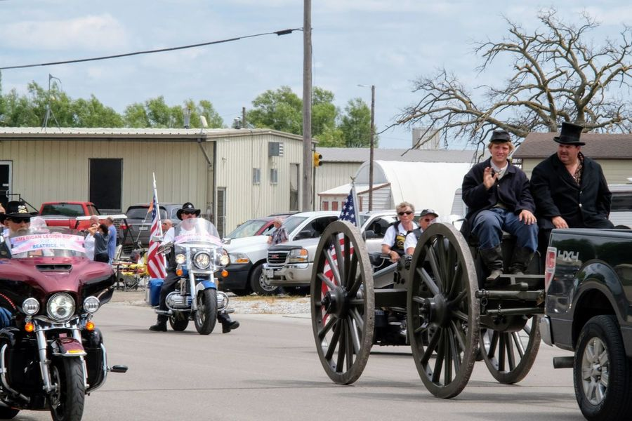 Village of Plymouth 125th Anniversary Celebration August 13, 2017 Plymouth, Nebraska Americans Civil War Community EventPhotography EyeEm Gallery MidWest Nebraska Plymouth, Nebraska Small Town America Storytelling Summertime Takumar 135mm F3.5 Adult Architecture Building Exterior Built Structure Car Civil War Canon Civil War History Day Fujifilm_xseries Land Vehicle Manual Focus Men Mode Of Transport Motorcycle Outdoors Parade People Practicing Photography Real People Sky Small Town Small Town Stories Stationary Streetphotography Transportation Tree