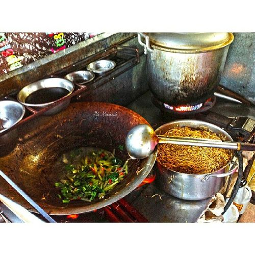 """This is the how to cook authentic Lucban Asian Noodle """"pancit habhab"""" 