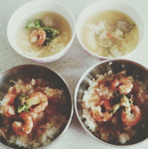 """今日早午飯""""藍蝦貓飯+和風蛋花湯✌ 貓飯 藍蝦 Enjoying Life"""