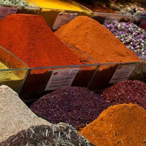 Spices Baharat  Istanbul Eminönü pepper biber