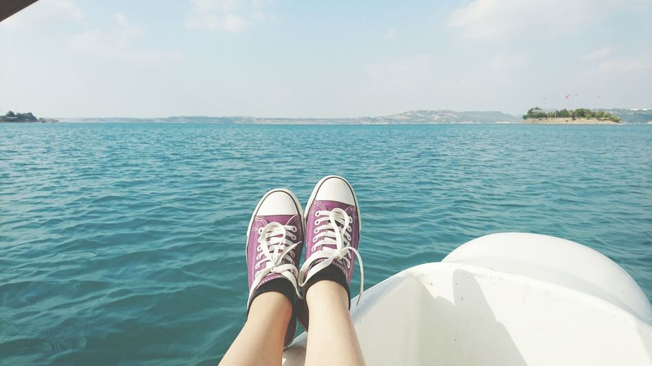 Taking Photos Eye4photography  Nature Photography Hello World EyeEm Blue Bluewater Lake Converse Relaxing Enjoying Life Water Naturelovers EyeEm Gallery Hi! Seyhan Seyhan River Purpleshoes Purple Skyandsea Traveling Home For The Holidays Finding New Frontiers Wine Moments EyeEmNewHere Adapted To The City Long Goodbye Art Is Everywhere