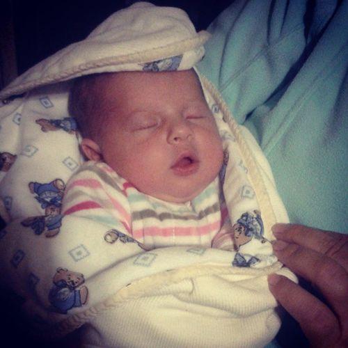 2 meses 🎉🎀💤 Princesalinda Dorminhoca