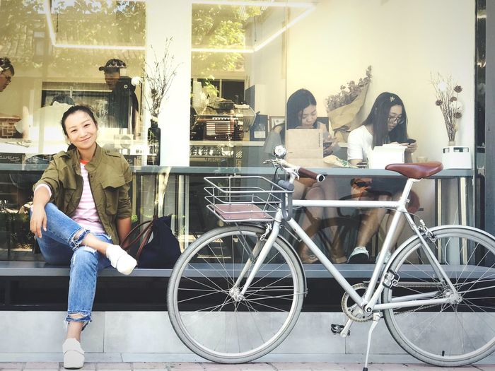 Beauty In Nature Sparrow Coffee & Bike & me.