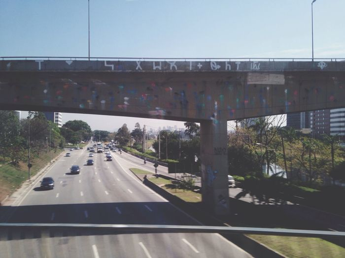 Bridge Grafitti