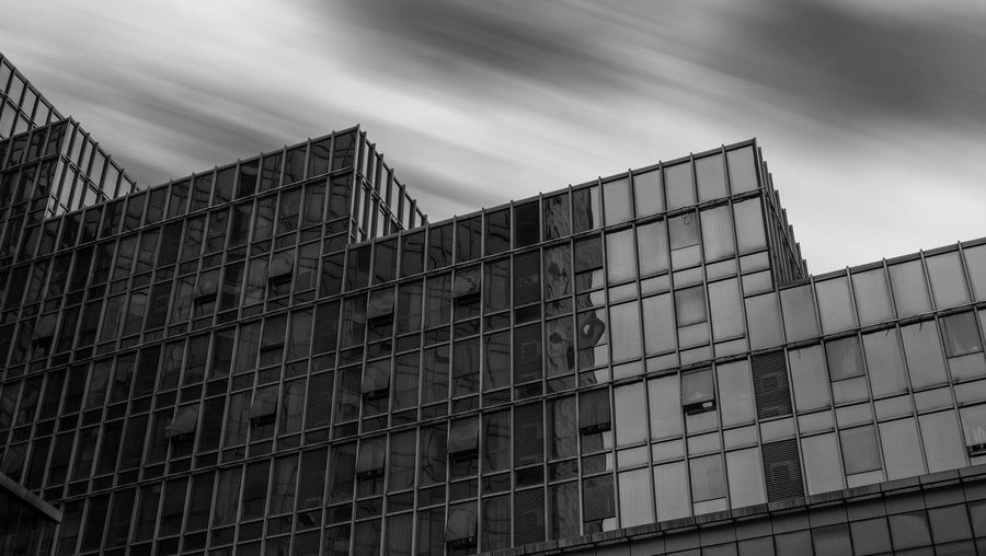 和达城2 Minimalism 长曝光 写字楼 黑白 极简主义 建筑 Low Angle View Sky Built Structure Architecture No People Building Exterior Cloud - Sky