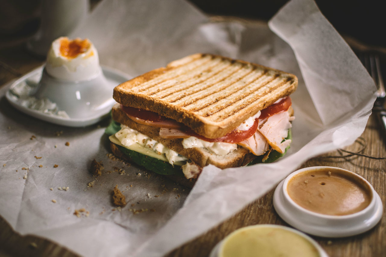 Close up of toasted sandwich on table