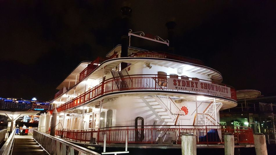 The Old Paddle Steamer in Darlingharbour Showboat Dinner Best Photos Old Times Simpler Times