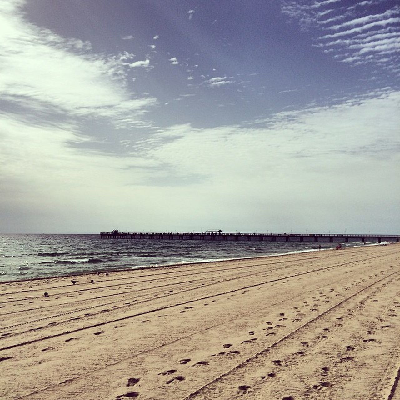 sea, beach, sand, horizon over water, water, scenics, nature, sky, tranquility, tranquil scene, beauty in nature, cloud - sky, outdoors, day, no people