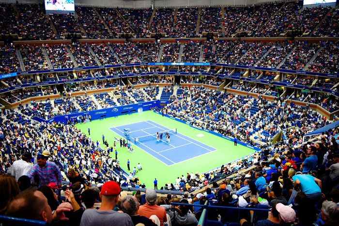 Arthur Ashe Stadium USA Flushing, New York Center Court Usopen Tennis Stadium Crowd Sport Audience People