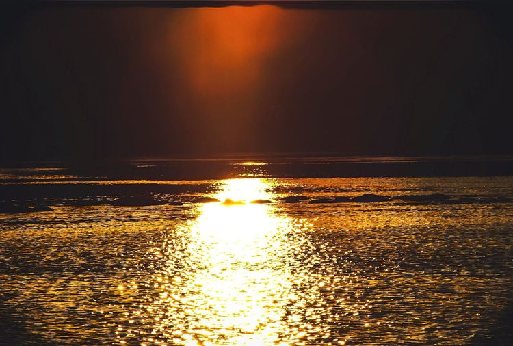 Sunset Sun Scenics Beauty In Nature Water Reflection Nature Tranquil Scene Sunlight Tranquility No People Idyllic Sky Outdoors Horizon Over Water Thinking Canon Day Beautiful Day Lake