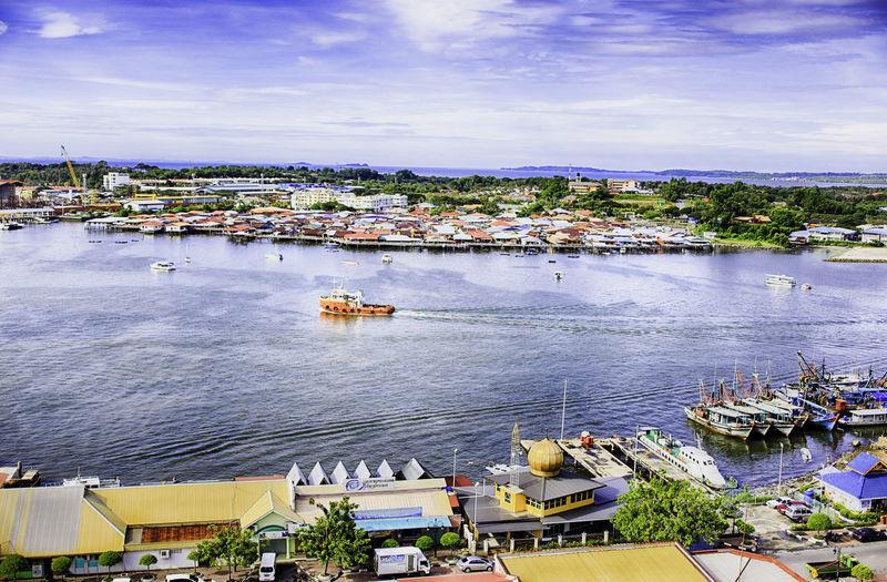 Patau-Patau 2 Labuan, Malays Ariel Shot Ariel View Boats Borneo Borneo Travel Buildings Sea And Sky Tug Boat Water Village
