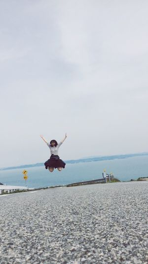 Girl Japan Jump Sea On The Road Walk This Way ジャンプ Flying Sky Sea And Sky