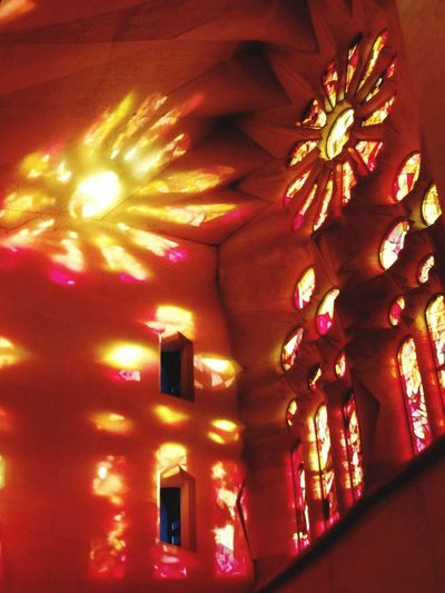 Illuminated Architecture Colorful Quiet Moments Architecture Gaudi Time Traveller ArchiTexture Streetphotography Architecturephotography SPAIN Barcelona Lifestyle Architecturelovers Turistic Places History Walking Around Multi Colored Church Sagrada Familia Sacred City Life No People Indoors  Sunlight