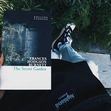 Starting to read this book. 📖 ⚫ ⚫ ⚫ ⚫ ⚫ VSCO Vscocam VSCOPH Vscodaily Instagram Instagramers Instapic Instadaily Igers VscoCamPHF Instafamous Vscocam Vscocamph Vscocamphilippines Like4like Lfl Fff F4F L4l