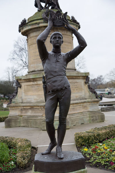 Architecture Full Length History One Man Only Outdoors People Standing Statue William Shakespeare